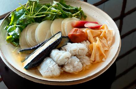 鱧の梅風味なべ焼